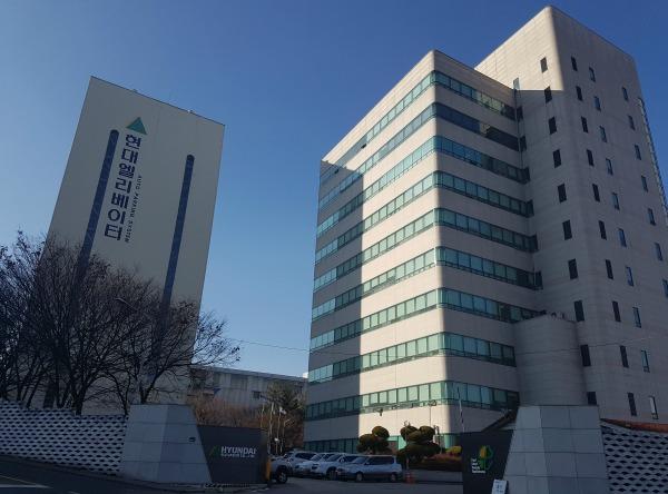 HyundaiElevator_01.jpg